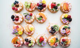【FB熱門事件】日本第一迴轉甜點店狂洗IG 40分鐘吃到飽