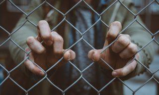 【熱門新聞】14歲少女慘遭霸凌設局性侵 閨蜜全程冷血掌鏡
