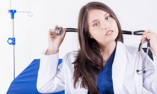 【PTT熱門事件】日本醫科性別歧視?女性入學考未考先扣!
