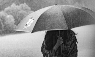 【Facebook熱門事件】阿翔妻FB發文「換我為你撐傘」26萬讚湧入替她加油