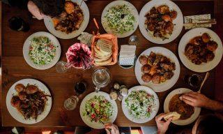 【Facebook熱門事件】和女友媽媽吃飯嫌太貴 網友:錢都給你面子也幫你做了