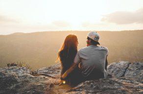 獨立自主VS沒主見:關於愛情的模樣|  Dcard熱門事件