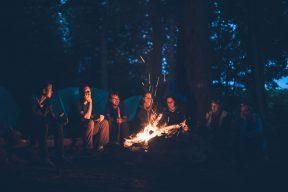 豪華露營蔚為風潮 露天電影院、親子同樂為露營賣點