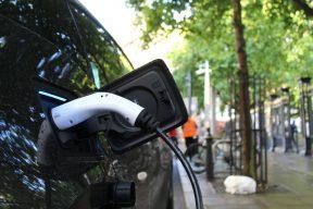 用愛發電?網友討論電力供需議題|Mobile01熱門事件