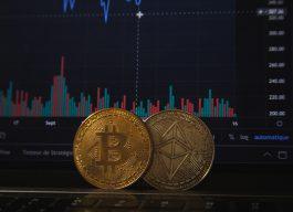 虛擬貨幣崩跌,未來走向網友熱議     |PTT熱門事件