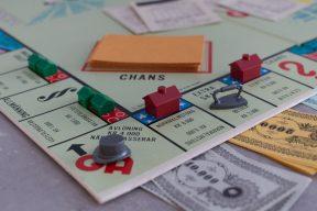在家防疫好無聊?快來看看時下最流行的桌遊!