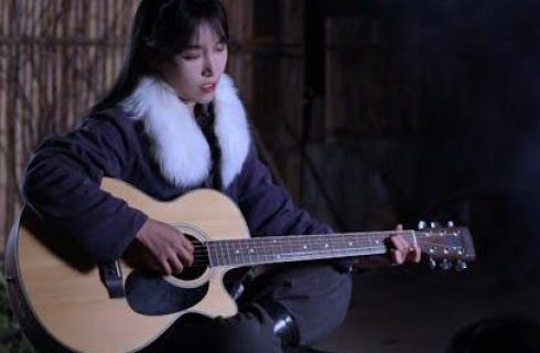 【李子柒 Liziqi】白天製作縉雲燒餅 晚上彈吉他好愜意