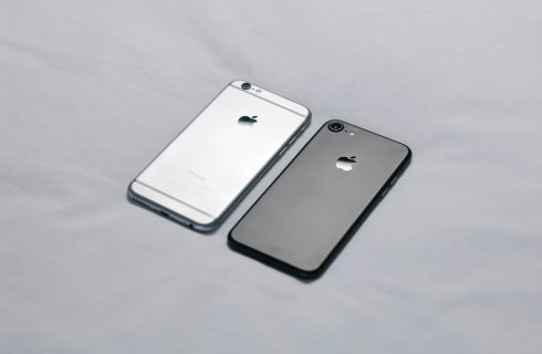 【Dcard熱門事件】用iphone8竟被歧視 網「一支手機用很久才真的厲害」