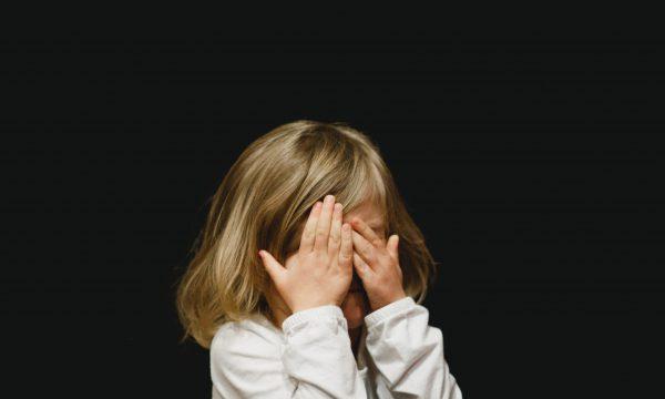 【Dcard熱門事件】親人遭霸凌 卡友一致認為這樣做最正確