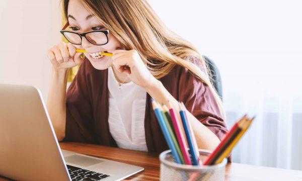 考試板紅人「重考12年姐」又發文  網友從鼓勵轉向質疑