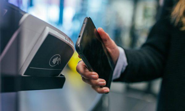 【Mobile01熱門事件】到底要不要用行動支付?正反意見網友怎麼看!