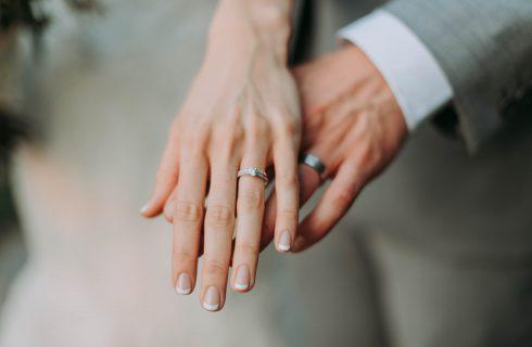 【Dcard熱門事件】月收多少才敢結婚?網友意見兩極