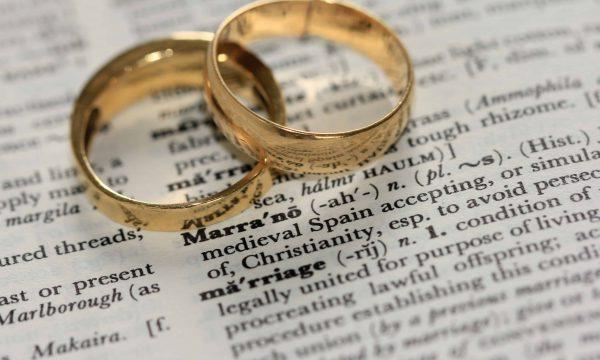 【Dcard熱門事件】交往多年卻不結婚 是浪費時間嗎?