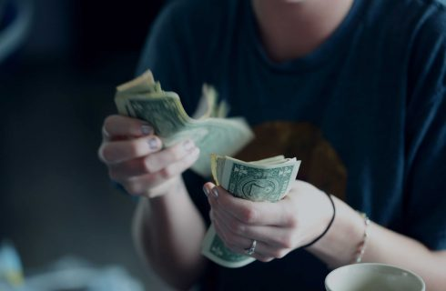 【Dcard熱門事件】又見付錢問題!網友不願付烤肉食材錢竟被分手